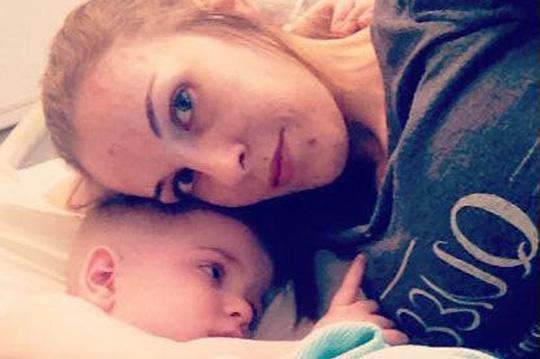 Người mẹ 50 lần cứu sống con bị ngưng tim - Ảnh 1.
