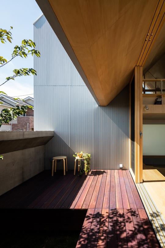 Nhà gỗ cấp 4 đẹp như biệt thự nhờ thiết kế tối giản - Ảnh 10.
