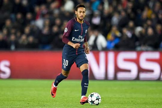 Sa sút phong độ, Ronaldo sắp bị Neymar chiếm chỗ - Ảnh 1.