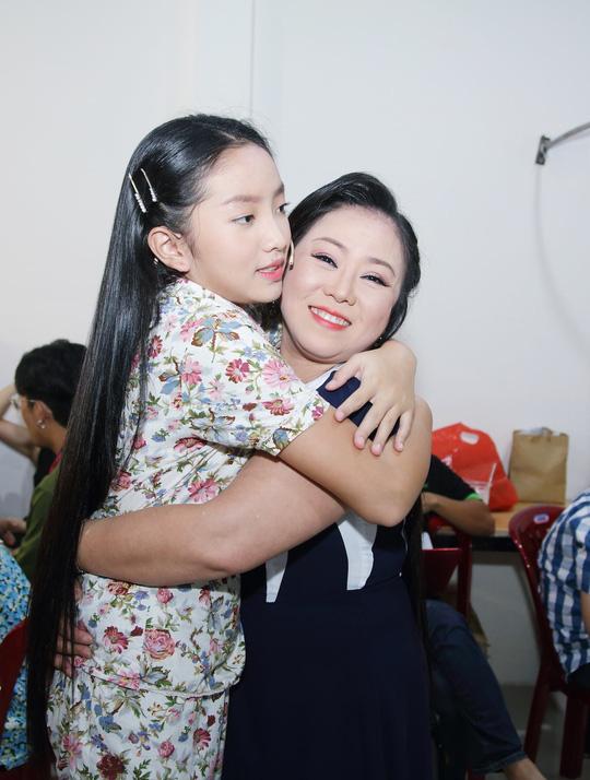 Khánh Nhi tham gia lớp học ngôi sao của vợ NSƯT Kim Tử Long - Ảnh 3.