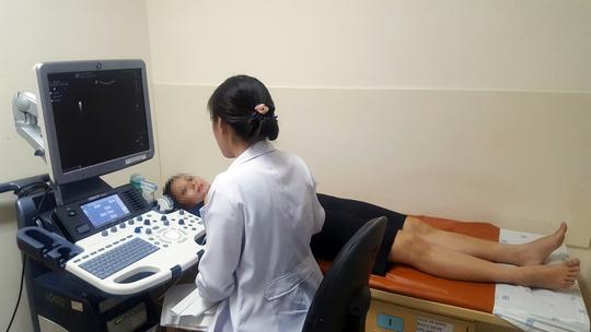 Tầm soát ung thư miễn phí cho người dân cả nước - Ảnh 1.