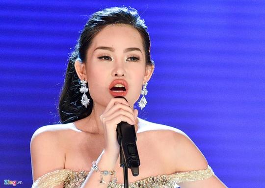 Hoa hậu Đại dương: Tôi đã sửa mũi nhưng môi tự nhiên - Ảnh 1.