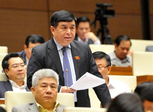 Bộ trưởng Nguyễn Thị Kim Tiến đăng đàn trả lời chất vấn - Ảnh 3.