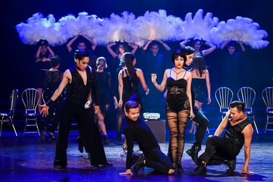 Không đạt thỏa thuận bản quyền, nhạc kịch Chicago hoãn diễn - Ảnh 1.