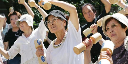 Số người cao tuổi tại Nhật Bản không ngừng gia tăng Ảnh: Huffington Post