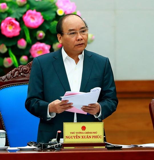 Thủ tướng cho rằng tin vui TP HCM, Hà Nội quyết liệt ra quân tháo dỡ, trả lại vỉa hè cho người đi bộ… Ảnh: Quang Hiếu