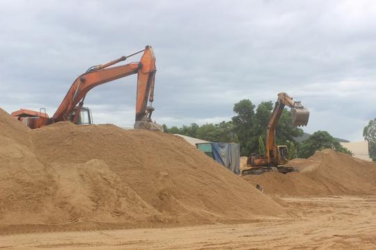 Bộ Xây dựng: Cấm bán cát ra ngoài tỉnh là trái quy định - Ảnh 1.