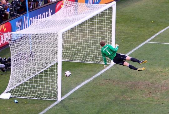 Nỗi đau của Lampard và tuyển Anh tái hiện ở World Cup U17 - Ảnh 4.
