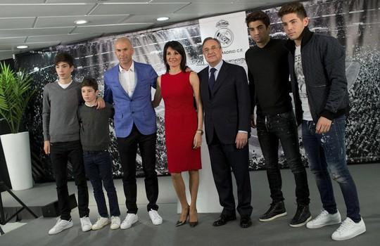 Xem siêu phẩm sút xa của con trai Zidane - Ảnh 2.