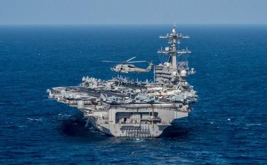 Mỹ và Hàn Quốc sẽ tiến hành tập trận ngoài biển cùng nhóm tàu tác chiến Carl Vinson. Ảnh: EPA