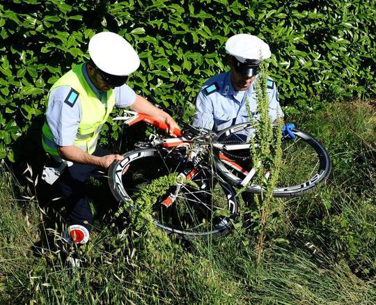 Cựu vô địch mô tô chết khi chạy xe đạp - Ảnh 3.