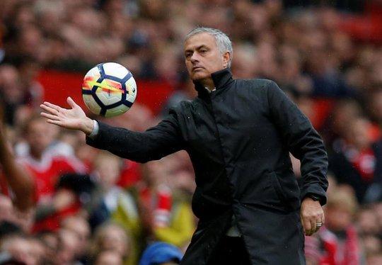 M.U thưởng Mourinho hợp đồng 65 triệu bảng - Ảnh 1.