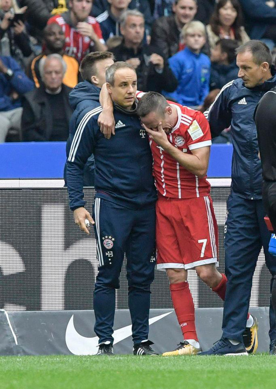 Ribery có nguy cơ giã từ sự nghiệp vì chấn thương - Ảnh 4.