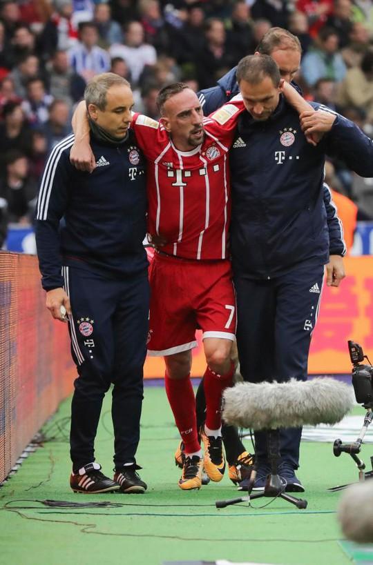 Ribery có nguy cơ giã từ sự nghiệp vì chấn thương - Ảnh 6.