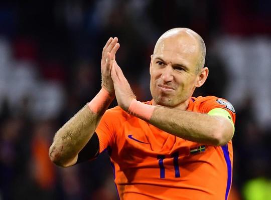 Đội hình siêu khủng nằm nhà xem World Cup 2018 - Ảnh 5.