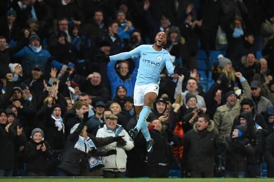 Sterling sắp hưởng lương cao nhất Premier League - Ảnh 2.