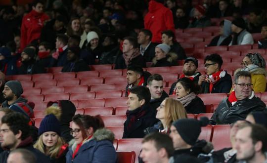 Arsenal đón lượng CĐV thấp kỷ lục ở cúp châu Âu - Ảnh 3.