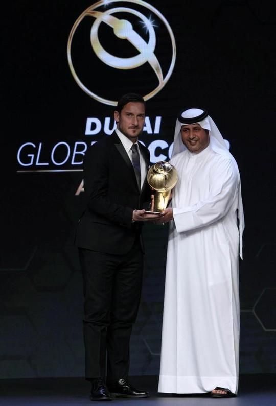 Thầy trò Ronaldo ẵm giải thưởng Toàn cầu tại Dubai - Ảnh 4.