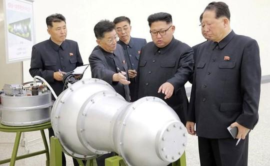 Vũ khí Triều Tiên: Từ trò đùa thành nỗi sợ hãi - Ảnh 1.