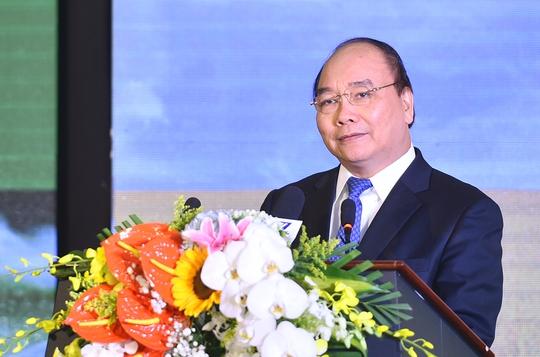 Thủ tướng Nguyễn Xuân Phúc cho rằng đã đến lúc chuyển tư duy từ an ninh lương thực sang an ninh dinh dưỡng - Ảnh: Quang Hiếu
