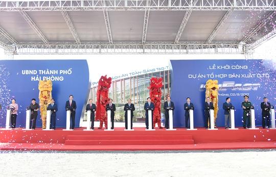 Thủ tướng dự lễ khởi công Dự án Tổ hợp sản xuất ô tô VINFAST - Ảnh 2.