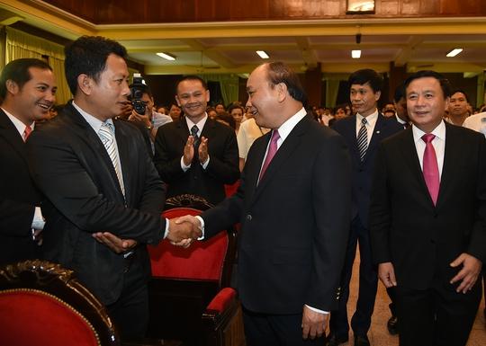 Thủ tướng: Giảng viên giỏi đồng thời là nhà tư vấn tốt - Ảnh 2.