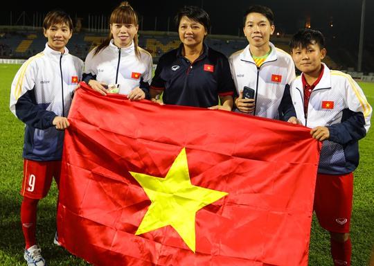 Nếu nữ cầu thủ Việt Nam có thai mà vẫn thi đấu thì quả thực, trách nhiệm của đội ngũ y tế ở tuyển nữ Việt Nam là rất lớn