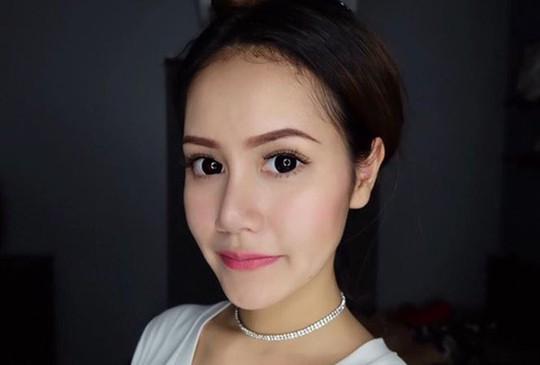 Người mẫu Thái Lan treo cổ ở tuổi 19 - Ảnh 1.