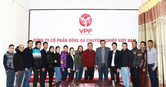 Ông Cao Văn Chóng: Hãy tin tưởng vào ban lãnh đạo mới của VPF - Ảnh 2.