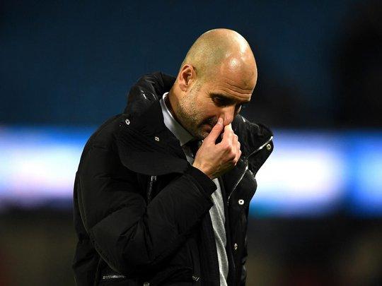 Pep Guardiola đối mặt với 2 tháng đầy giông bão