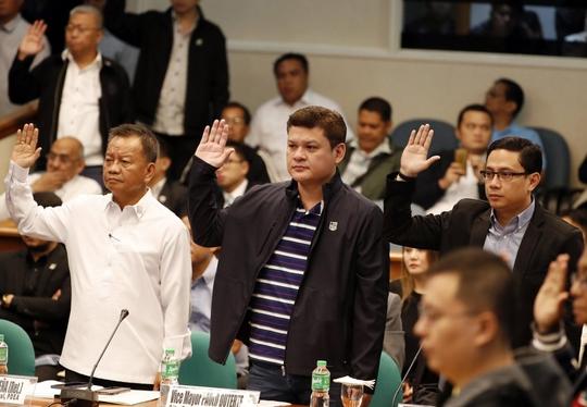 Người nhà ông Duterte đối mặt cáo buộc - Ảnh 1.