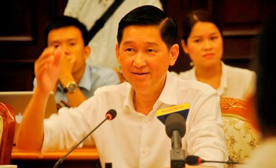 Phó Chủ tịch UBND TP HCM Trần Vĩnh Tuyến nêu giải pháp cho UBND quận 1 giải quyết việc làm cho người buôn bán trên vỉa hè