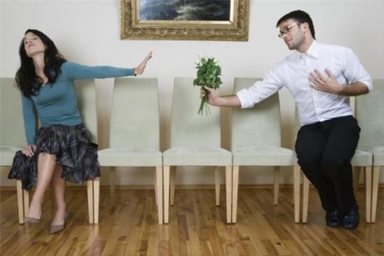 Những cách tuyệt vời để bạn từ chối tình cảm chàng trai si tình