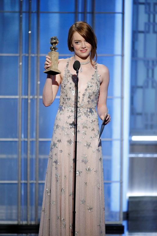 Emma Stone nhận giải