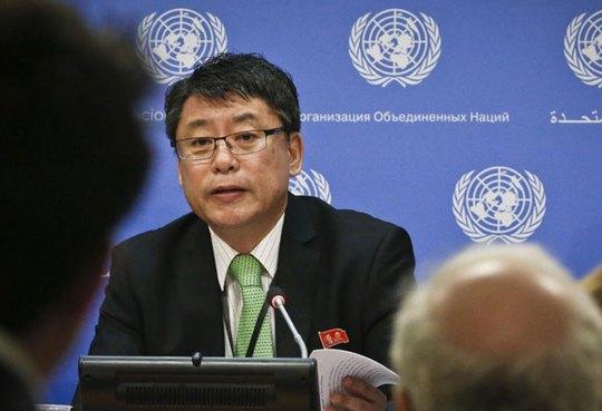 Phó đại sứ Triều Tiên tại Liên Hiệp Quốc (LHQ) Kim In Ryong. Ảnh: AP