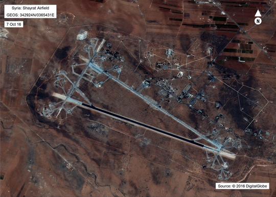 Shayrat, căn cứ không quân Syria bị Mỹ phóng tên lửa hôm 6-4. Ảnh: Bộ Quốc phòng Mỹ