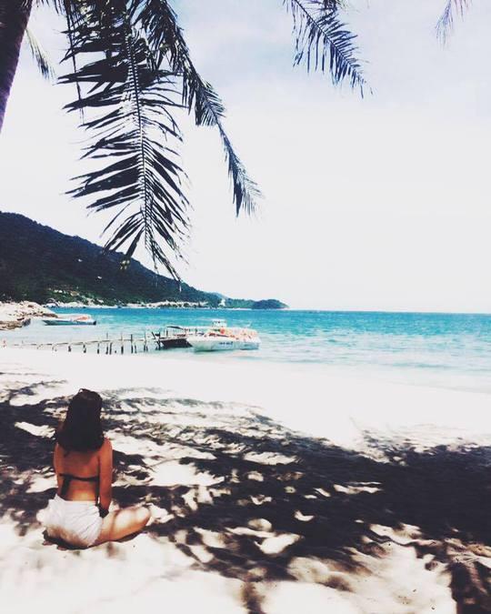 Nghỉ ngơi và ngắm biển xanh biếc tại Cù Lao Chàm để cảm thấy thư giãn hơn