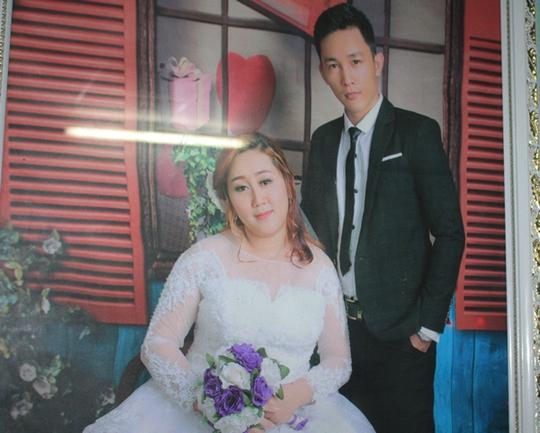 Ảnh cưới của đôi vợ chồng trẻ.