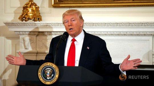 Tổng thống Trump phát biểu tại cuộc họp Hiệp hội Thống đốc Quốc gia ở Nhà Trắng ngày 27-2 Ảnh: REUTERS