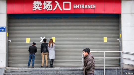 Một cửa hàng của Lotte ở TP Hàng Châu, tỉnh Chiết Giang, Trung Quốc bị đóng cửa. Ảnh: REUTERS