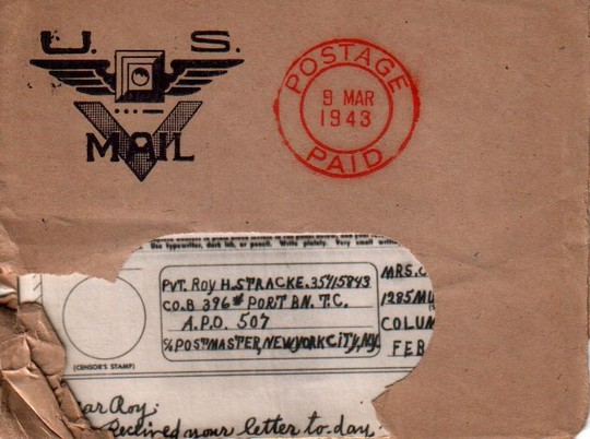 Chính vì thế, một dịch vụ bưu chính dựa trên British Airgraph Service (một dịch vụ vận chuyển thư bằng máy bay của Anh) đã được ra đời với tên gọi Victory Mail, hay còn gọi tắt là V-mail. Dịch vụ này được thiết kế bởi Eastman Kodak và cho ra mắt lần đầu vào ngày 15-6-1942, sau này trở thành phương thức liên lạc chính giữa những binh sĩ nơi tiền tuyến với người thân của họ ở quê nhà.