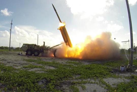 Các chuyên gia đề xuất các biện pháp mà PLA có thể sử dụng để đối phó với THAAD như triển khai các vũ khí laser hay các thiết bị làm nhiễu sóng. Ảnh: UPI