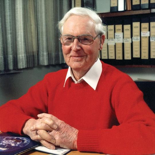 GS Fenner đã dự đoán trước khi ông qua đời. Ảnh: National Review.