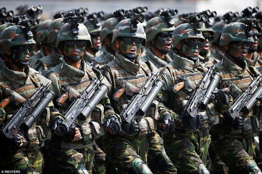 Các binh sĩ thuộc lực lượng đặc nhiệm Triều Tiên Ảnh: REUTERS