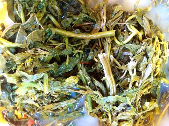 Canh rau sắn nấu cá: Đặc sản miền trung du Phú Thọ - Ảnh 3.