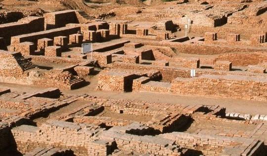 Cứu thành phố 5.000 tuổi bằng cách... chôn lại xuống đất - Ảnh 2.