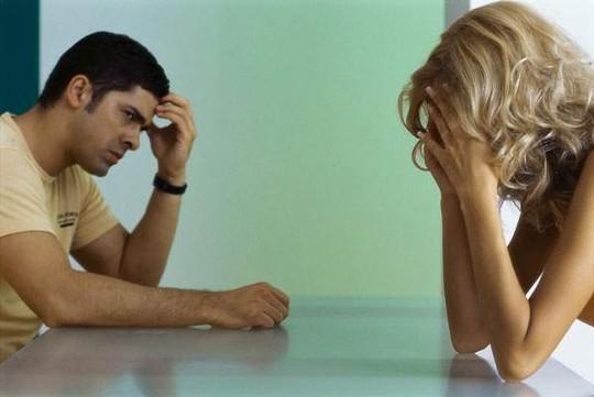 Nợ nần chồng chất vì sai lầm của vợ - Ảnh 2.
