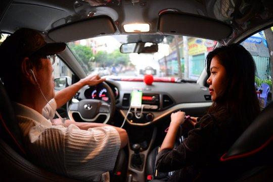 Từ đại chiến taxi: Sẽ khống chế lượng xe Uber, Grab - Ảnh 1.