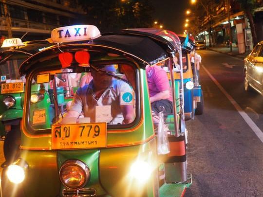 Blogger chia sẻ về những mánh lừa khi đi du lịch ở Đông Nam Á - Ảnh 1.