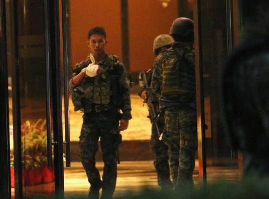 Vụ nổ súng đẫm máu Philippines: Tay súng là người nước ngoài - Ảnh 3.
